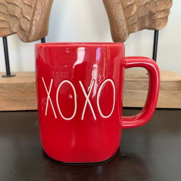 XOXO Rae Dunn fabulous red mug!